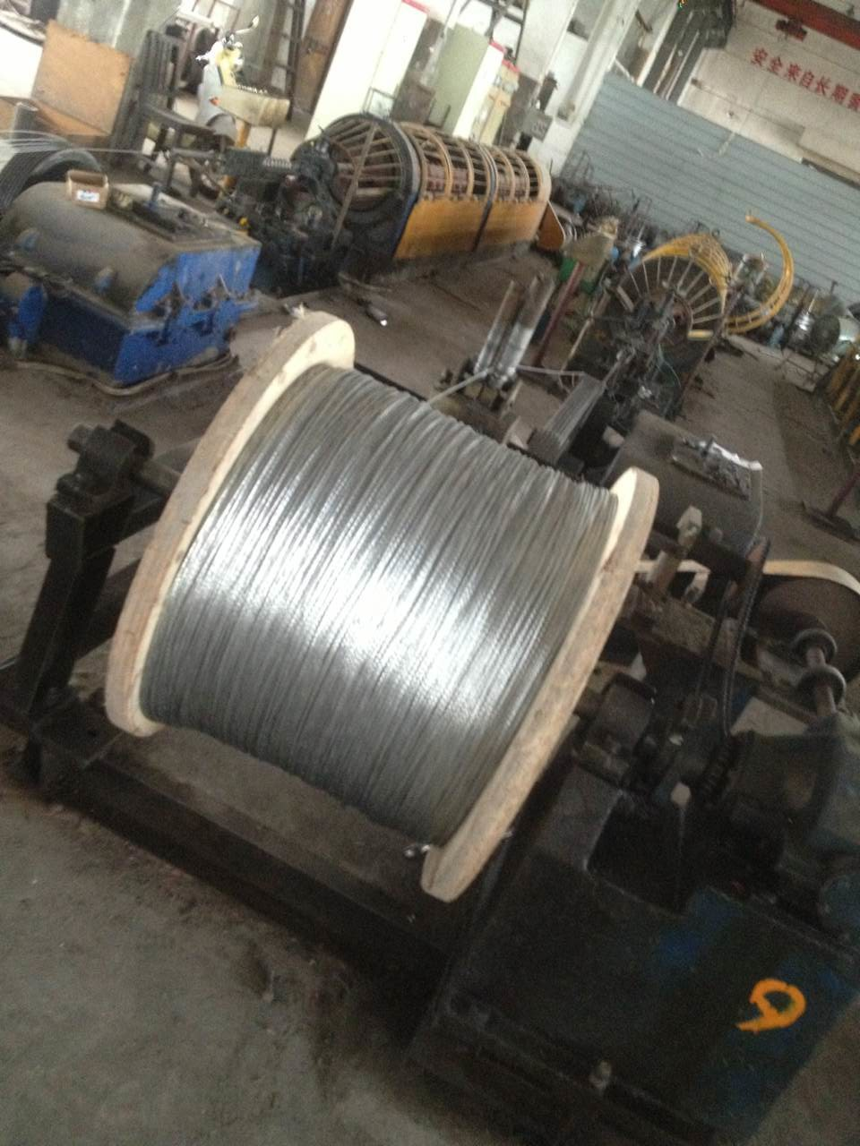 Cold Heading Steel Galvanized Steel Cable , Wire Rope Steel 300-1000 ...